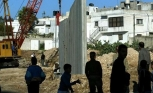 Hamas calls for halting Ain al-Hilweh wall construction