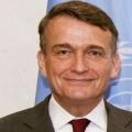 New UNRWA chief urges world to continue its support